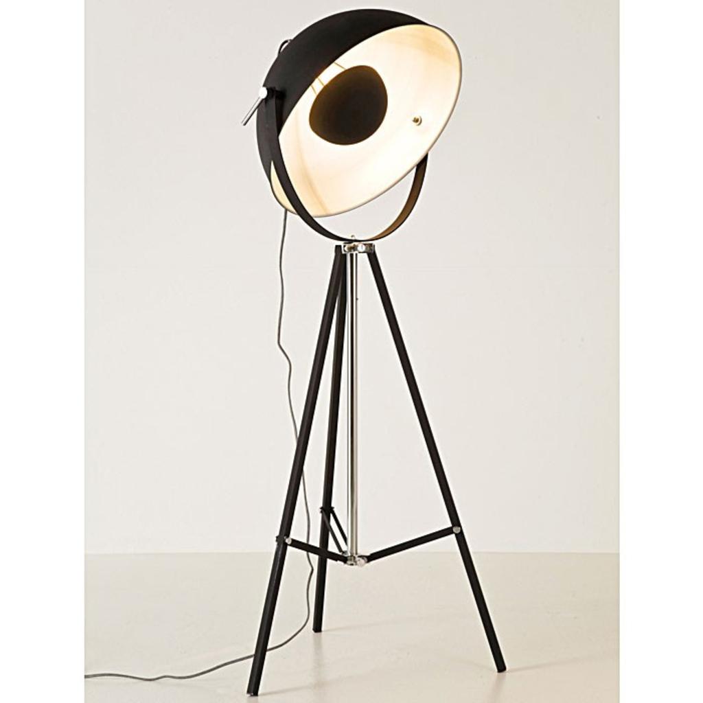 meubeltop kare design bowl black vloerlamp van kare design lampen en licht lampen. Black Bedroom Furniture Sets. Home Design Ideas
