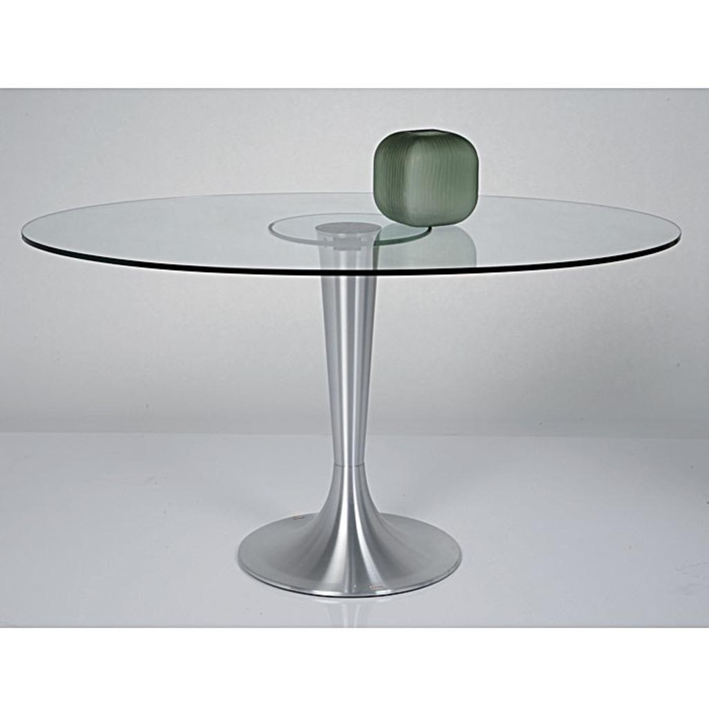 Meubeltop kare design grande tafel ovaal 140x95 van kare for Design tafel ovaal