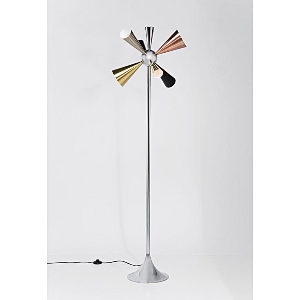 meubeltop kare design trumpet vloerlamp van kare design lampen en licht lampen. Black Bedroom Furniture Sets. Home Design Ideas