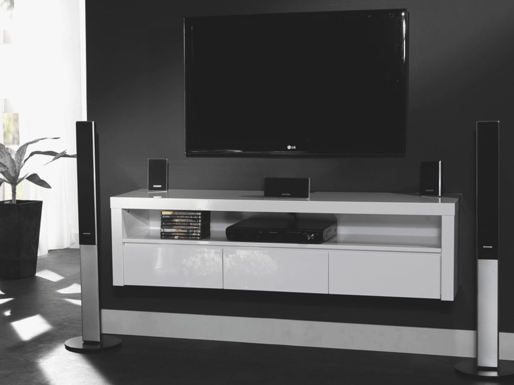 meubeltop zwevend tv meubel isabel 150cm hoogglans wit van zaloni woonkamer. Black Bedroom Furniture Sets. Home Design Ideas